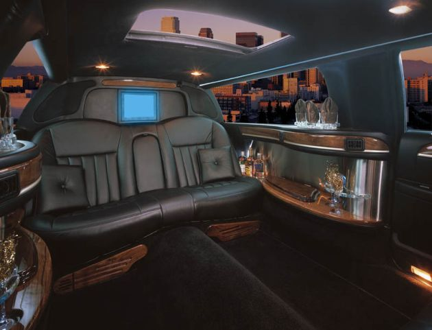 Rolls Royce Phantom Limo Test Photos